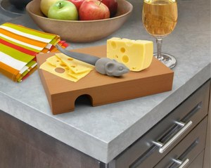 ネズミのナイフ付きチーズボード